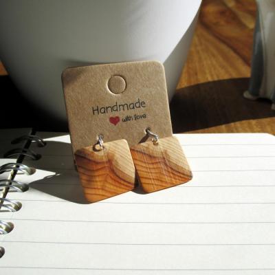 Boucles d'oreilles pendante, en bois de if