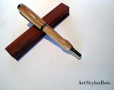 Stylo plume en bois d'Olivier