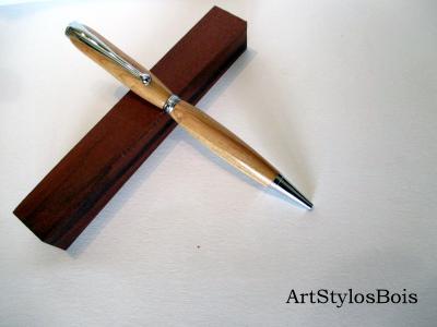 Stylo bille en bois de Prunier