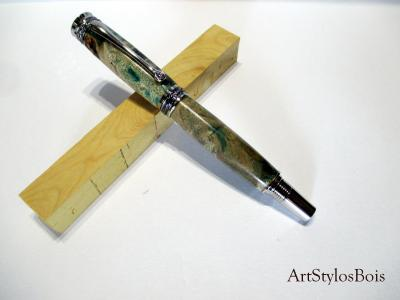 Stylo roller De Luxe, Gamme Baroudeur, en bois de Loupe de Peuplier stabilisé vert