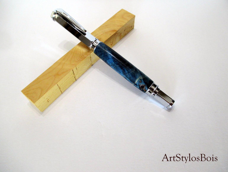 Stylo plume ou roller, en loupe de peuplier stabilisé bleu
