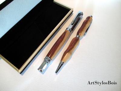 Parure de stylos en bois d'Albizia