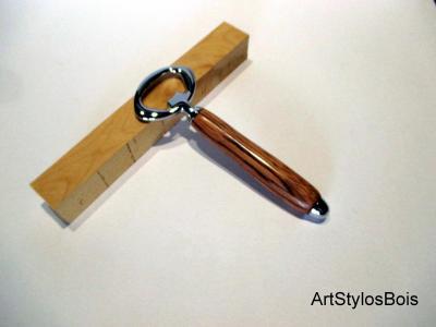 Décapsuleur en bois de Ziricote