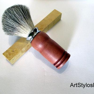 Véritable blaireau en bois de Pommier