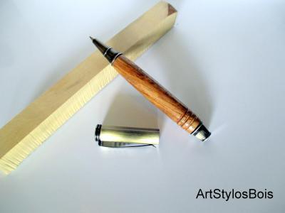 Stylo bille en bois de Chêne
