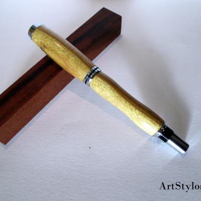 Stylo roller en bois de Virgilier