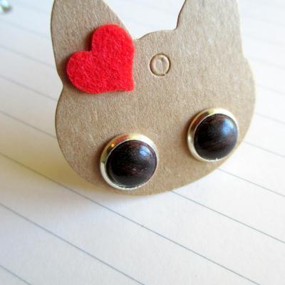 Boucles d'oreilles puces, en bois de violette
